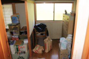 ⑩和室横の収納